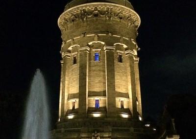 Wasserturm in neuem Licht