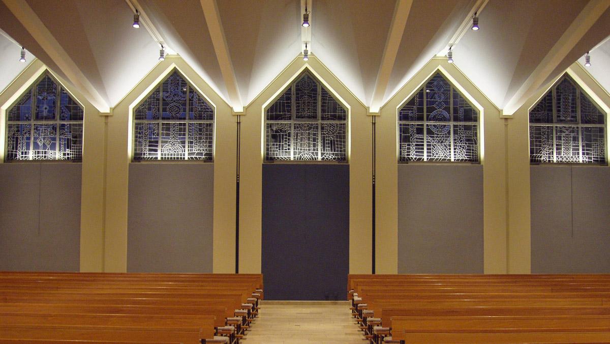 Pfarrkirche st georg h rdt architektur licht sch necker - Fensterbeleuchtung innen ...