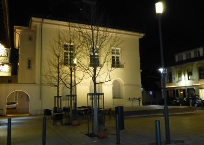Anstrahlung historisches Rathaus mit Platzgestaltung, Mannheim Wallstadt